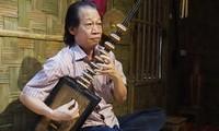 Народный артист Суан Хоать посвящает всю свою жизнь традиционной народной музыке