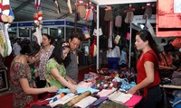 Hanoi Traditional Craft Village Tourism Festival opens