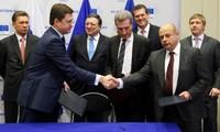 Russia, Ukraine reach deal to restore gas supply
