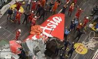 Black box of crashed AirAsia jet retrieved