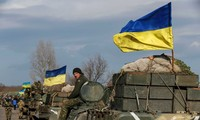 Ukraine crisis: Both sides withdraw most of heavy weapons