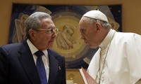 Pope Francis I receives Cuban President Raul Castro
