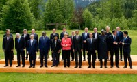 G7 set target for phasing out fossil fuels