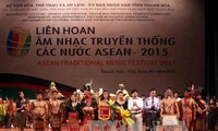2015 ASEAN traditional music festival ends