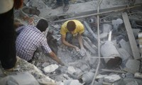 Insurgents fire shells to main prison in Syria