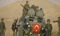 Clashes in Turkey kill dozens