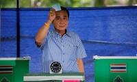 Thai citizens vote on draft constitution