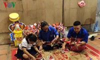 2016 Mid-Autumn Festival in Hanoi's Old Quarter opens