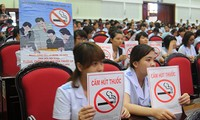 Vietnam promotes communications in response to World No Tobacco Day