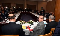 Libyan rivals agree on new power-sharing deal