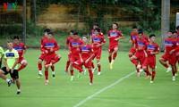Vietnam men's football team placed 121 in FIFA world rankings