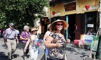 Foreign tourist arrivals exceed 1 million once again