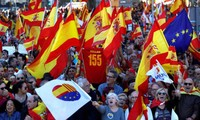 Huge rally in Barcelona against Catalan independence