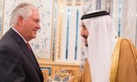 Tillerson et Le Drian tentent de résoudre la crise dans le Golfe