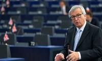 Глава Еврокомиссии призывает улучшить отношения с Россией