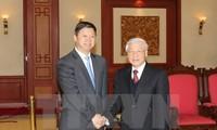 Генсек ЦК КПВ Нгуен Фу Чонг принял спецпосланника генсека ЦК КПК, председателя КНР