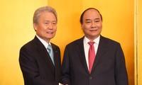 Нгуен Суан Фук провёл рабочую встречу с главой Японской федерации экономических организаций