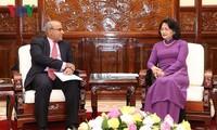 Данг Тхи Нгок Тхинь приняла главу представительства ЮНИСЕФ во Вьетнаме