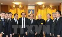 Премьер Вьетнама встретился с главой Тайного совета при короле Таиланда