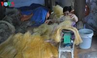 Промысел по производству вермишели в деревне Кыда