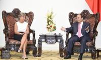 Премьер Вьетнама Нгуен Суан Фук принял посла Испании