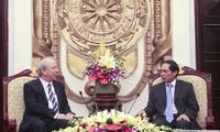 Замглавы МИД Вьетнама Буй Тхань Шон принял посла Болгарии