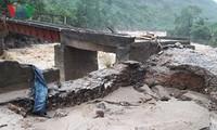 В северных горных провинциях Вьетнама ликвидируют последствия дождевых паводков