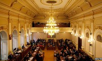 Czech parliament dissolves for early elections