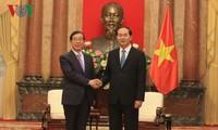 Líderes vietnamitas reciben al enviado del nuevo mandatario surcoreano