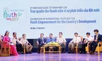Dan importancia al papel de los jóvenes para el desarrollo del país