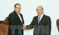 Nguyen Xuan Phuc reçoit le président de l'agence cubaine Prensa Latina