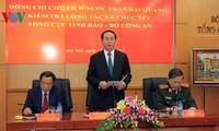 Tran Dai Quang aux départements de cyber-sécurité et de renseignements