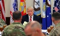 Etats-Unis: Trump promet une enveloppe de 54 milliards de dollars pour l'armée