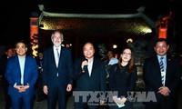 Nguyen Xuan Phuc rencontre des chefs d'entreprises de premier rang mondial