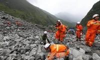 Glissement de terrain en Chine : 15 corps déjà retrouvés