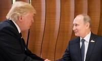 Première rencontre Donald Trump-Vladimir Poutine