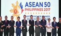 L'ASEAN et les 10 pays interlocuteurs adoptent plusieurs orientations de coopération