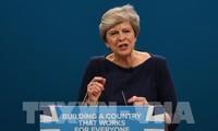 Brexit: les Européens font un geste envers Theresa May