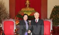 អគ្គលេខាបក្ស Nguyen Phu Trong ទទួលជួបជាមួយបេសកជនពិសេសរបស់អគ្គលេខាបក្សប្រជាជនបដិវត្តន៍ឡាវ