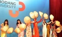 Chi hội Cộng đồng người Việt Nam tại Jeonnam-Gwangju tổ chức Lễ hội giao lưu văn hóa Việt - Hàn