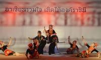 Việt Nam tham dự lễ hội sắc màu ASEAN tại Bangkok