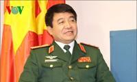 Tham gia hoạt động gìn giữ hòa bình thể hiện  trách nhiệm của Việt Nam với cộng đồng thế giới