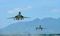 Máy bay quân sự huấn luyện gặp tai nạn