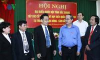 Chủ tịch UBTW Mặt trận Tổ quốc Việt Nam Nguyễn Thiện Nhân tiếp xúc cử tri tỉnh Bắc Giang
