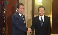 Đại sứ Việt Nam tại Trung Quốc hội kiến Bí thư Khu tự trị dân tộc Choang Quảng Tây