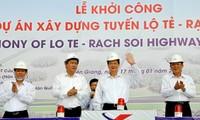Thủ tướng Nguyễn Tấn Dũng phát lệnh khởi công tuyến đường nối thành phố Cần Thơ và tỉnh Kiên Giang