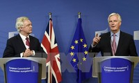 Brexit: EU and UK agree on priorities and timetable