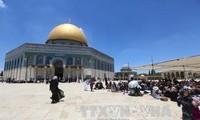 """Jordan urges Israel to """"immediately"""" open Al-Aqsa Mosque"""