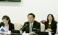 Deputy PM meets with experts from ILO