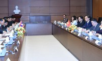 Vietnam, Laos share experience in building Land Law